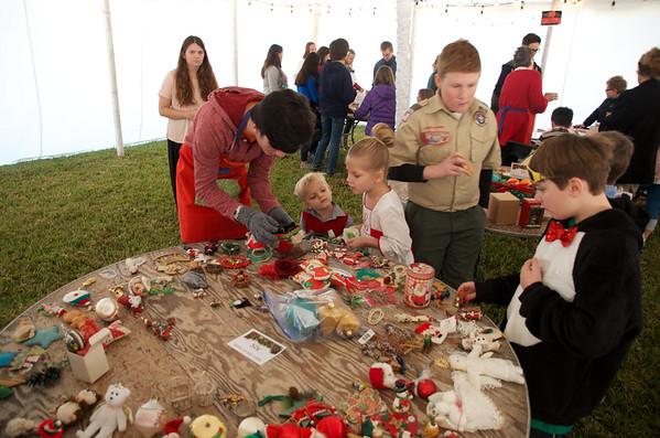 2017 Christmas Parish Children Buy Presents