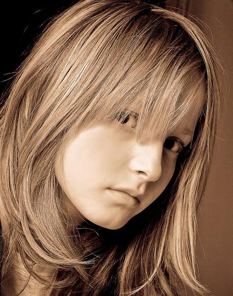 Anne-Sophie .. Special Coupe de coiffeur