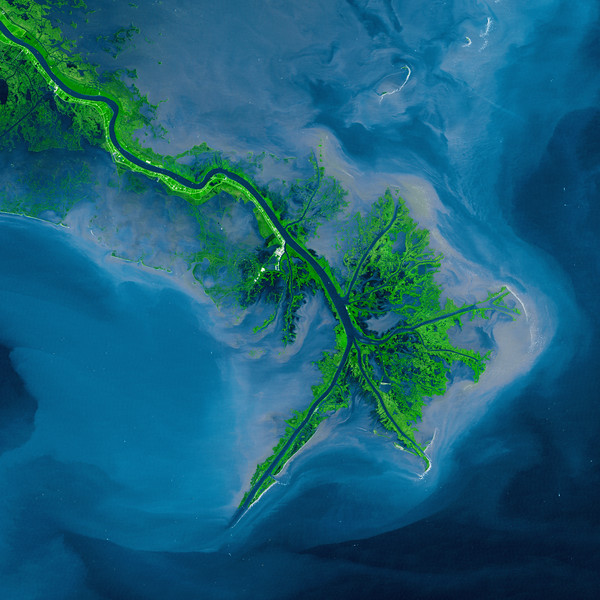 10 Oct 2001, Louisiana, USA --- Mississippi Delta Acquired by the Landsat 7 Satellite --- Image by © NASA/Corbis