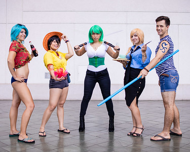 i needed a piece of this cosplay group