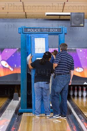TARDIS_Bowling-12