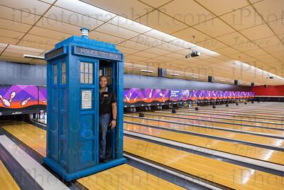 TARDIS_Bowling-86