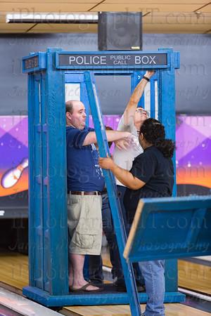 TARDIS_Bowling-9