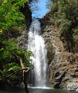 one of 3 connecting waterfalls