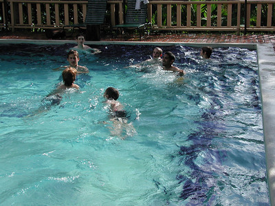 172 1 - The kids in the Costa Verde Hotel Pool