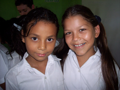 Students at Nuevo Amanecer Elementary School