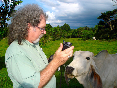Not to be outdone by Todd, Keith tries to woo with technology