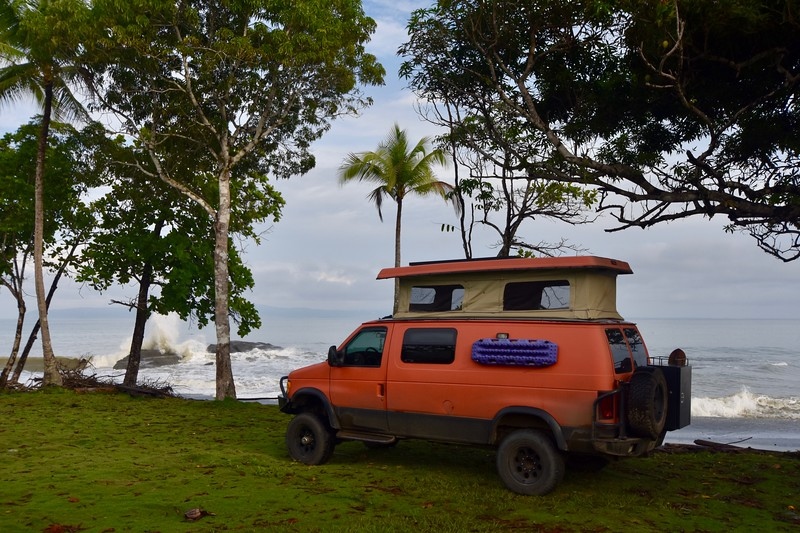 Pavones, Golfito, Puntarenas