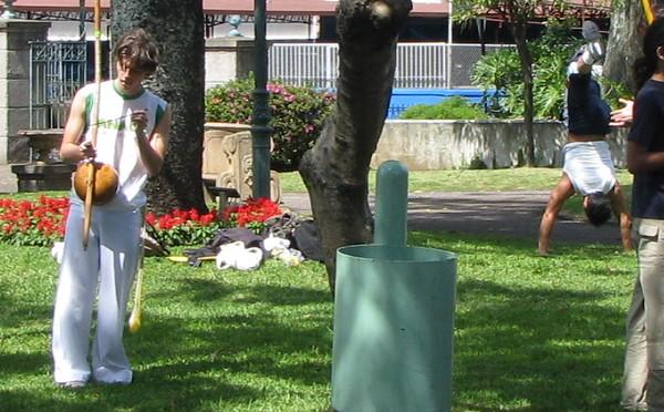 Downtown San Jose - Parque Morazan - Unusual Instrument and Gymnastics
