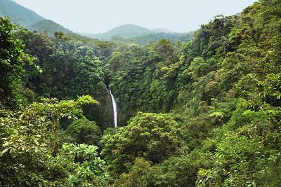 La Fortuna Jungle Waterfall