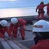 Greenpeace lleva a la Junta de Andalucía ladrillos del Algarrobico