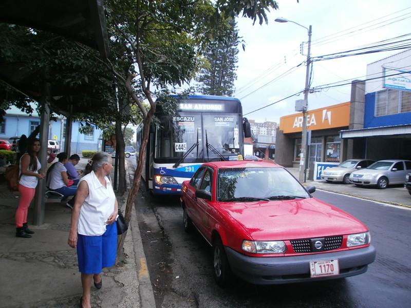 Escazu Bus - Last Pickup in San Jose