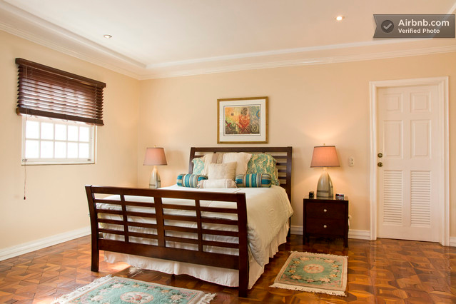 #1 - GRAND Room is the largest room with a QUEEN bed plus a large private bathroom with double sink, large functioning (rare in Costa Rica often) jacuzzi tub and shower. Guests have loved this comfortable, quiet room! <br /> <br /> RATE: $60/night