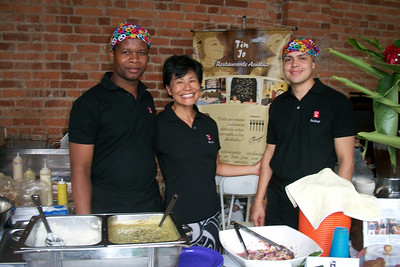YOGA FESTIVAL - Sept. 11, 2011 - CENAC  Maria Hon & her crew from the FABULOUS Tin Jo Asian restaurant - http://Facebook.com/tinjorestaurant - had some REALLY tasty dishes!!!