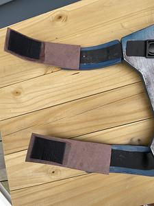 straps, interior