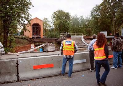 Chambers Bridge Moving 2011