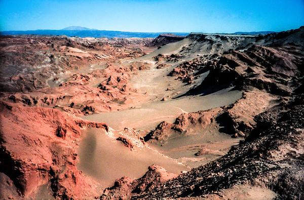 El Valle de la Luna,  Atacama Desert, Chile (CP-117-1989)