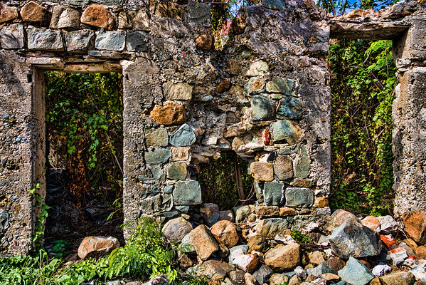 Stone Building, Gustavia, St. Barthélemy (CP-149-2014-03-10)