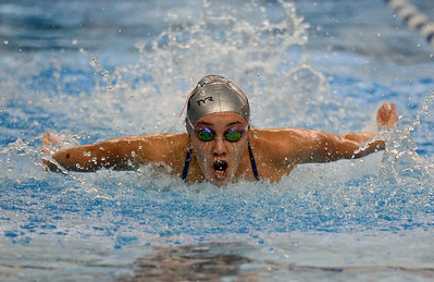 Ellie Brandbergh swims the butterfly for the 200 relay.