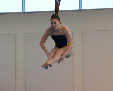 Phoebe Shaya completes difficult dive for CR South.