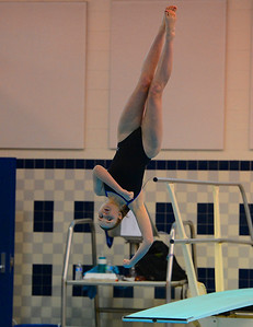 North's Jamie Traub finishes twisting dive.