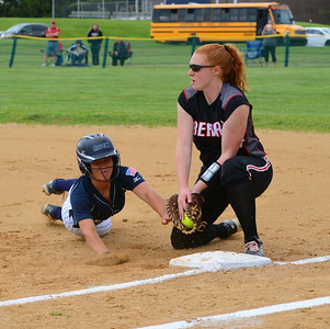 Riley Sheehy (12) tries to beat pickoff throw to Kody Streeter (34).