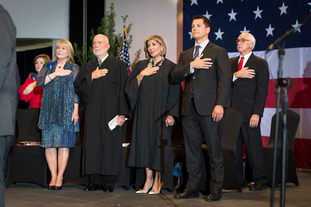 Mayor and Council Formal Swearing In_2017_066
