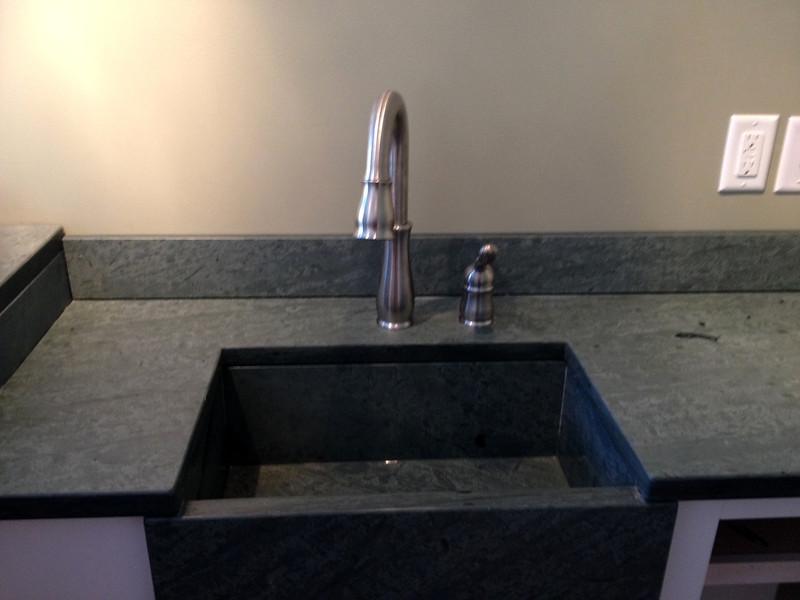 Unfading Green Sink