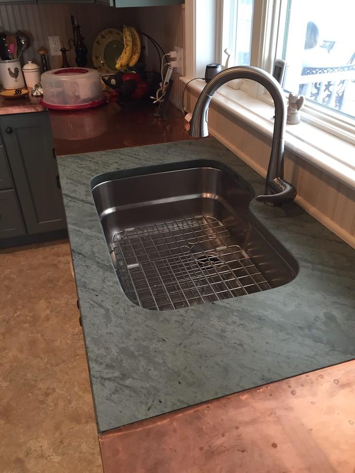 Unfading Green Tops Undermount Sink