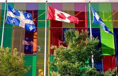 National and provincial flags for Canada and Quebec.