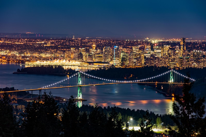 Vancouver - by night