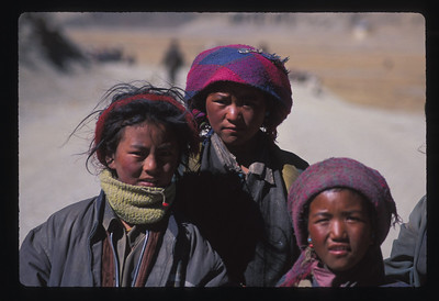 Tibetan nomad girls.