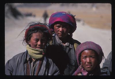 Tibetan nomad girls.