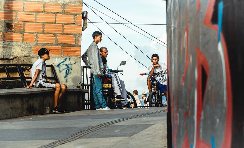 Street Hang