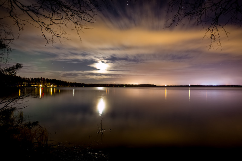 Long exposure photo of the clouds over Lake Pyykösjärvi.