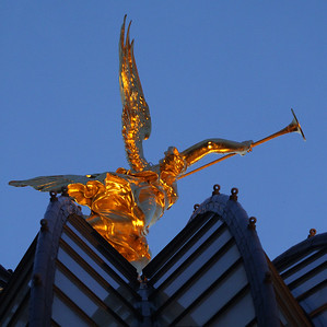 Gold angel on the Dresden university building