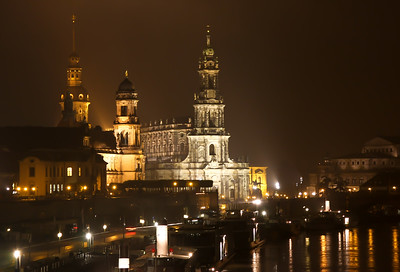 Foggy evening in Dresden