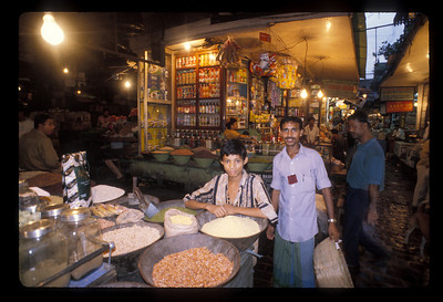 Market scene near Oberoi Hotel, Calcutta, India.