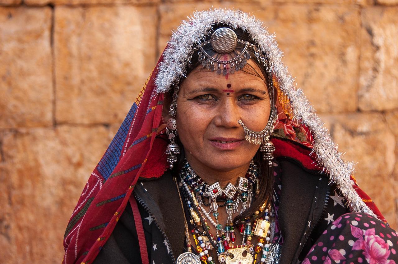 Gypsy selling jewelery in Jaisalmer fort.