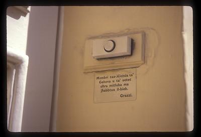 Doorbell, Malta.