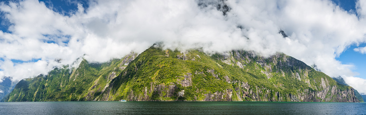 Milford Sound Mountain in the Clouds