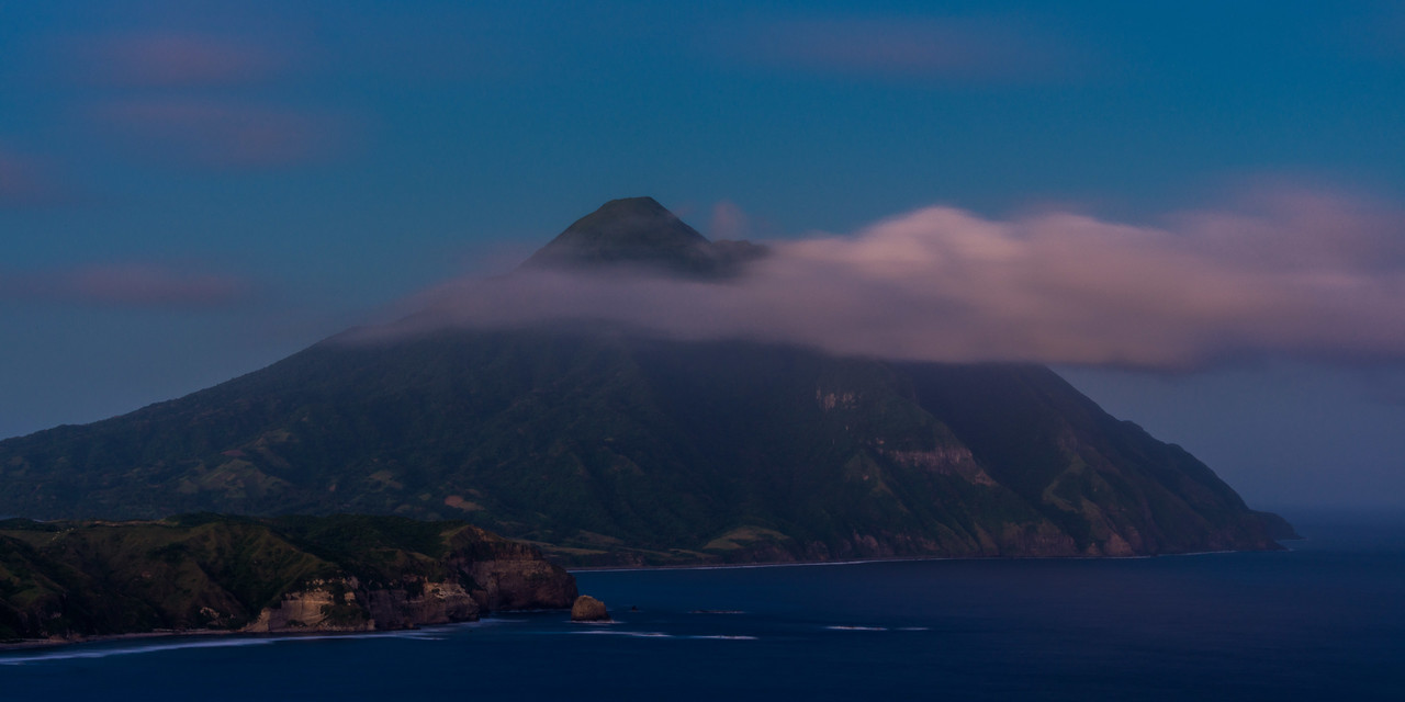 Batan 23: Mt Iraya at night