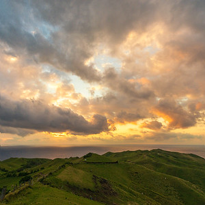 Batan 9: Rolling Hills sunset