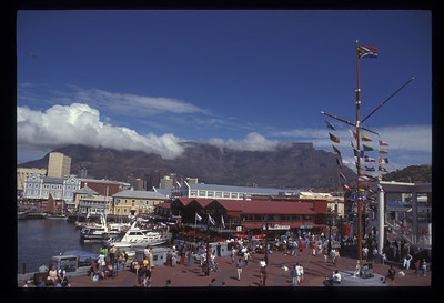 The Victoria and Alfred waterfront, Table Mountain in the background, Cape Town, South Africa.