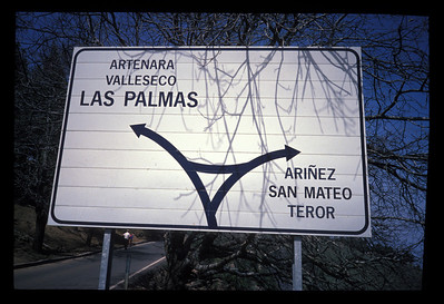 Road sign, Gran Canaria, Canary Islands, Spain.