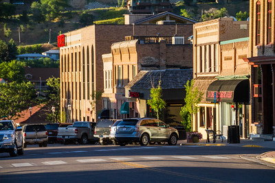 View of hotel and car park in city - USA - Colorado