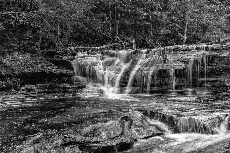 Fingerlake Waterfall1