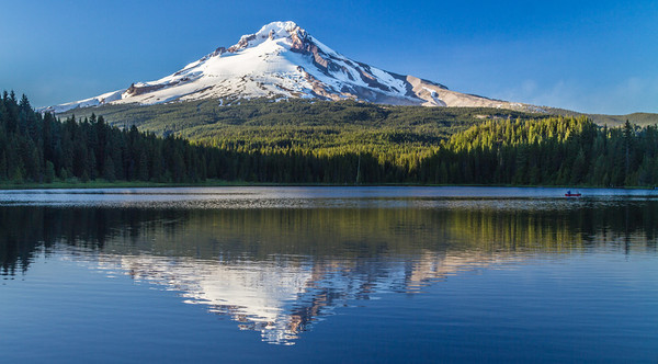 Mt. Hood And Trillium Lake, Oregon, USA