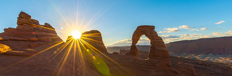 Sunrise view of Arches National Park - USA - Utah