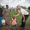 Achu (55), Minette (38) and their little daughter Fevour (2) have fled from Manyu and sought safety in Buea after their home was burned down. Here they are speaking with secretary general of the Norwegian Refugee Council Jan Egeland. <br /> <br /> Photo: NRC/Tiril Skarstein